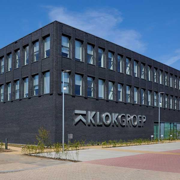 Klok groep smart building smartlocker metra