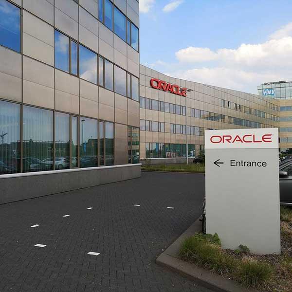 Oracle smart building office smartocker metra